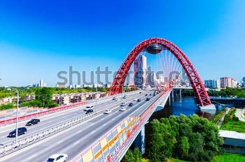 Живописный мост. Купить фотографию в высоком разрешении.